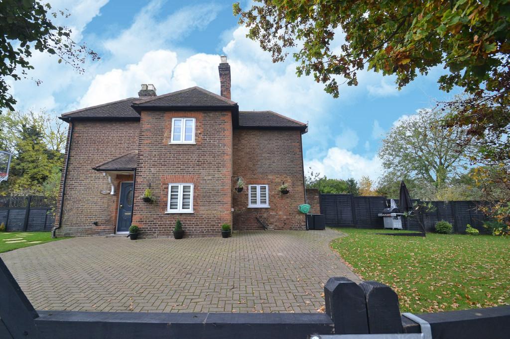 Common Lane, Radlett