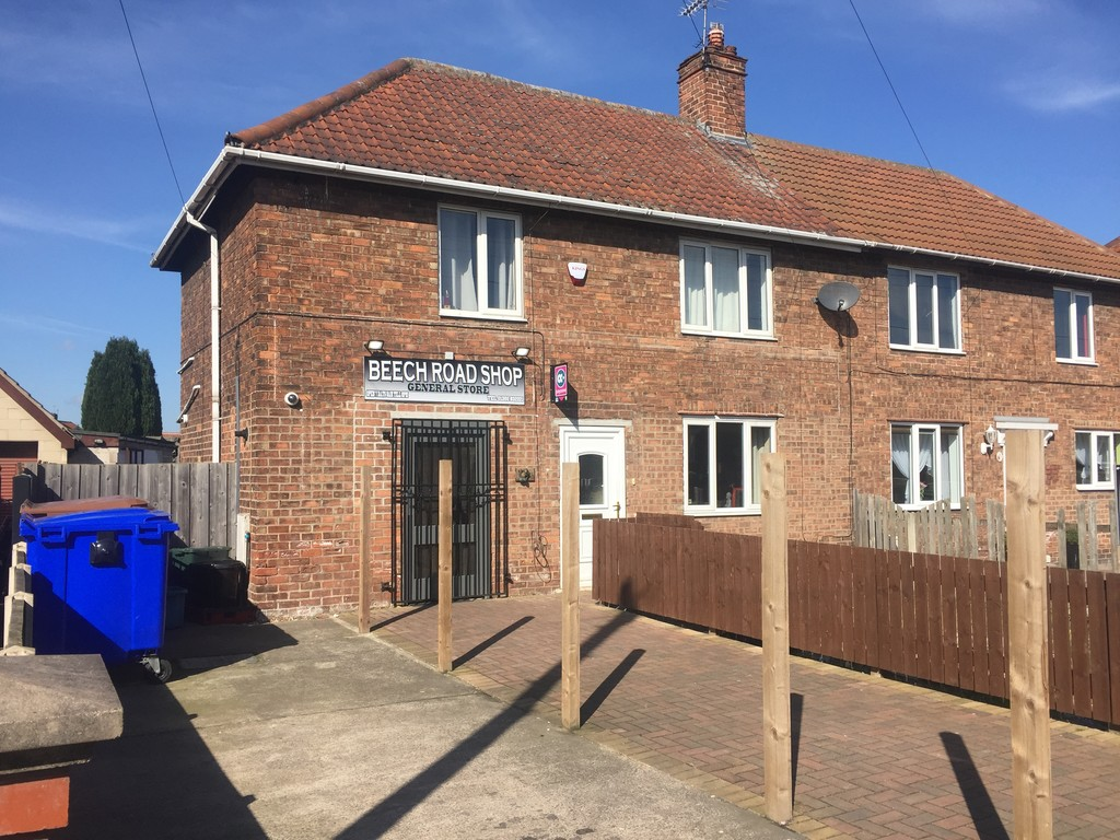 GENERAL STORE & 3 BEDROOM FLAT, Beech Road, Armthorpe, Doncaster, DN3 2EF