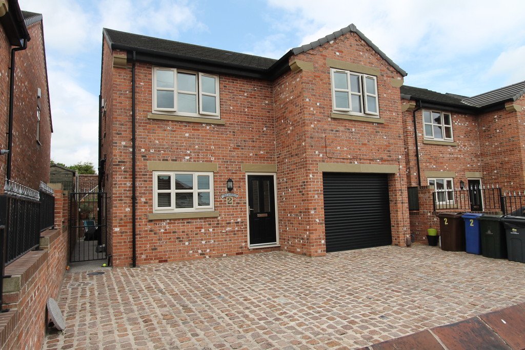 Georges Close, Barnsley, S71 2FE