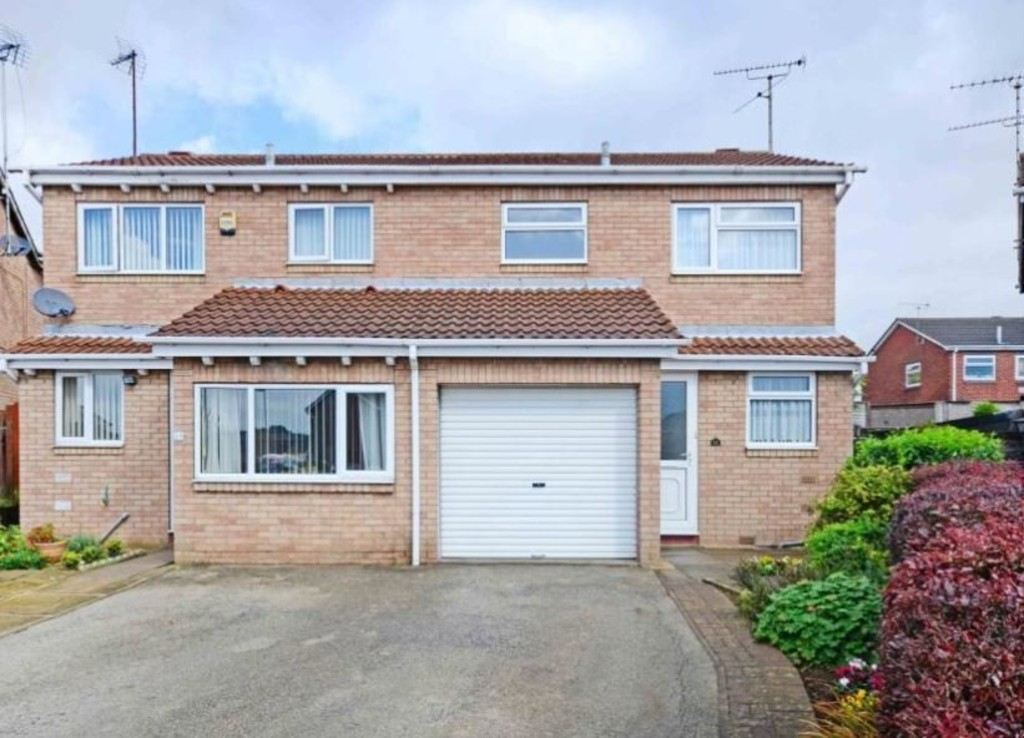 Frobisher Grove, Maltby, Rotherham, S66 8QU