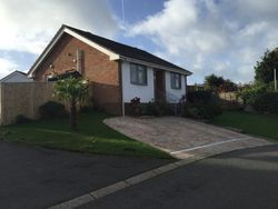 Fairfield Way, Freshwater, Isle of Wight, PO39 0EF