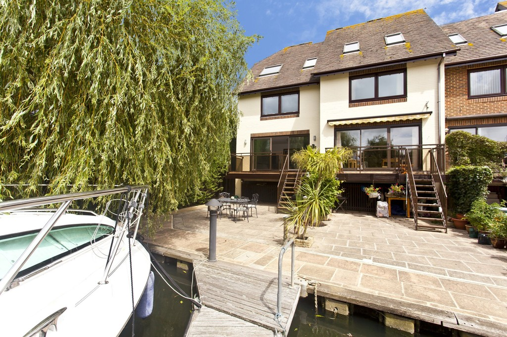 The Moorings, Willow Way, Christchurch, Dorset, BH23 1JJ