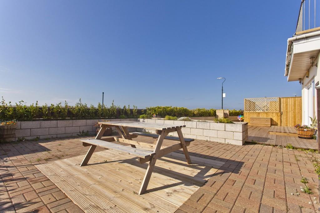 Sandy Beach, 43 Southwood Avenue, Southbourne, Dorset, BH6 3QB