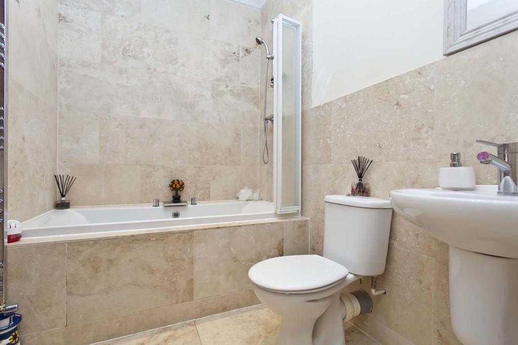 Mya Casa, 25 St Catherine's Road, Southbourne, Dorset, BH6 4AE
