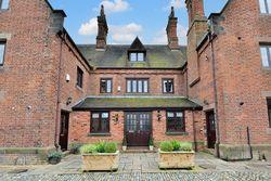 Grange Green Manor, Mill Lane