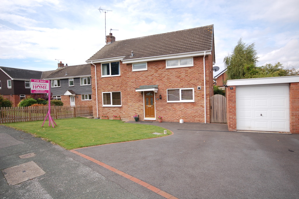 St Peters Way, Mickle Trafford, Chester,