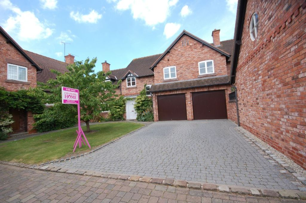 Burganey Court, Wrexham Road, Pulford, CHESTER, Cheshire