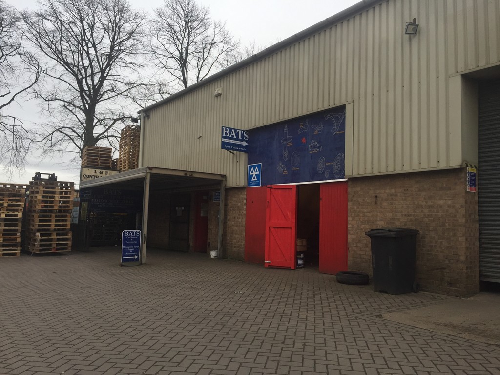 2,000 Sq Ft Freehold Unit in Oakham