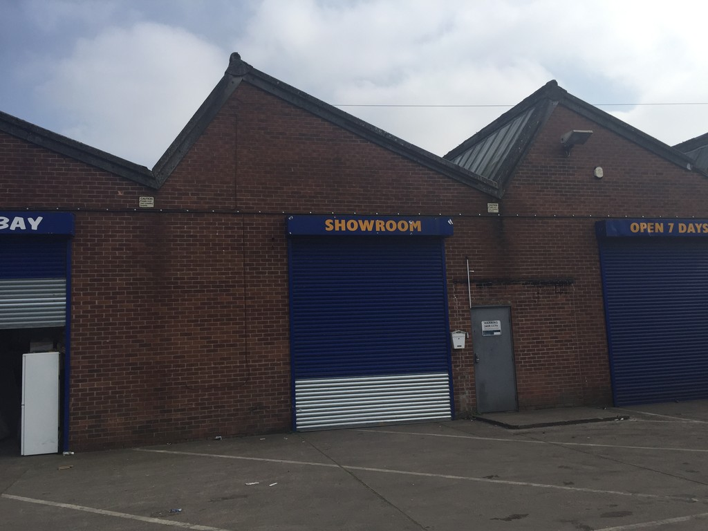 3,400 sq ft Light Industrial/Storage in Nottingham
