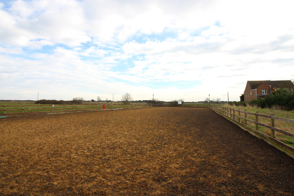 22 acres of Equestrian and industrial space