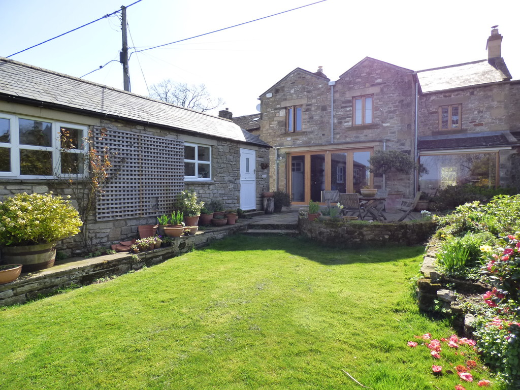 48 East Witton, East Witton