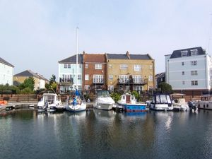 St Lawrence Mews, Sovereign Harbour North