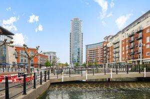 No 1 Building, Gunwharf Quays
