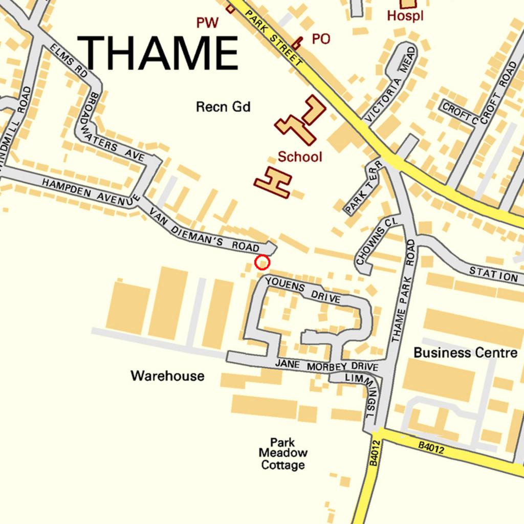 Youens Drive, Thame