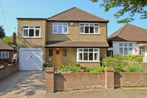Woodford Crescent, Pinner