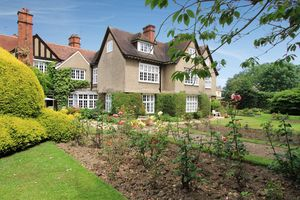 Eastcote Place, Pinner