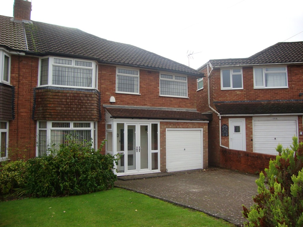 Henley Crescent, Solihull