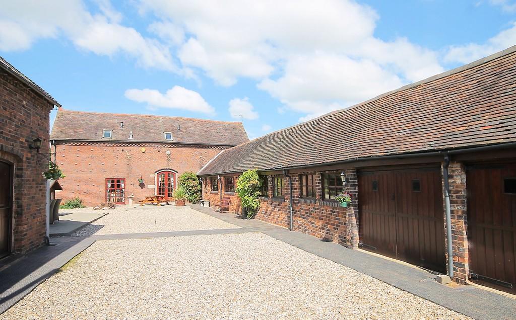 Warren Barn, Church Road, Warton, Tamworth, B79 0JW