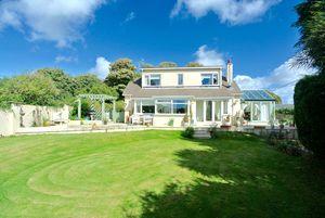 Hill Cottage, Hillfield, Dartmouth, Devon, TQ6 0LU