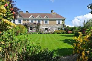 The Gate House, Ravensbourne Lane, Stoke Fleming, Dartmouth, Devon, TQ6 0QR