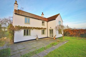 Manor Cottage, The Green, Hickling, LE14 3AE