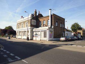 Lower Richmond Road, Putney