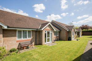 Dovehouse Close, Linton