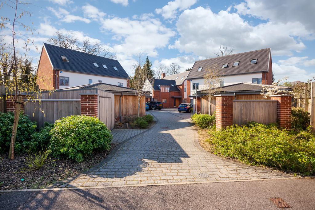 Rayleigh Close, Cambridge
