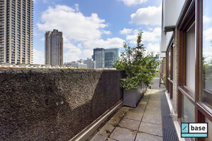 Thomas Moore House, Barbican, EC2Y