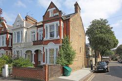 Crescent Lane, Clapham Common