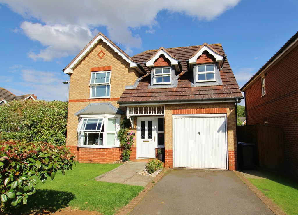 4 Bedrooms Detached House for sale in Claremont House, Schofield Road: