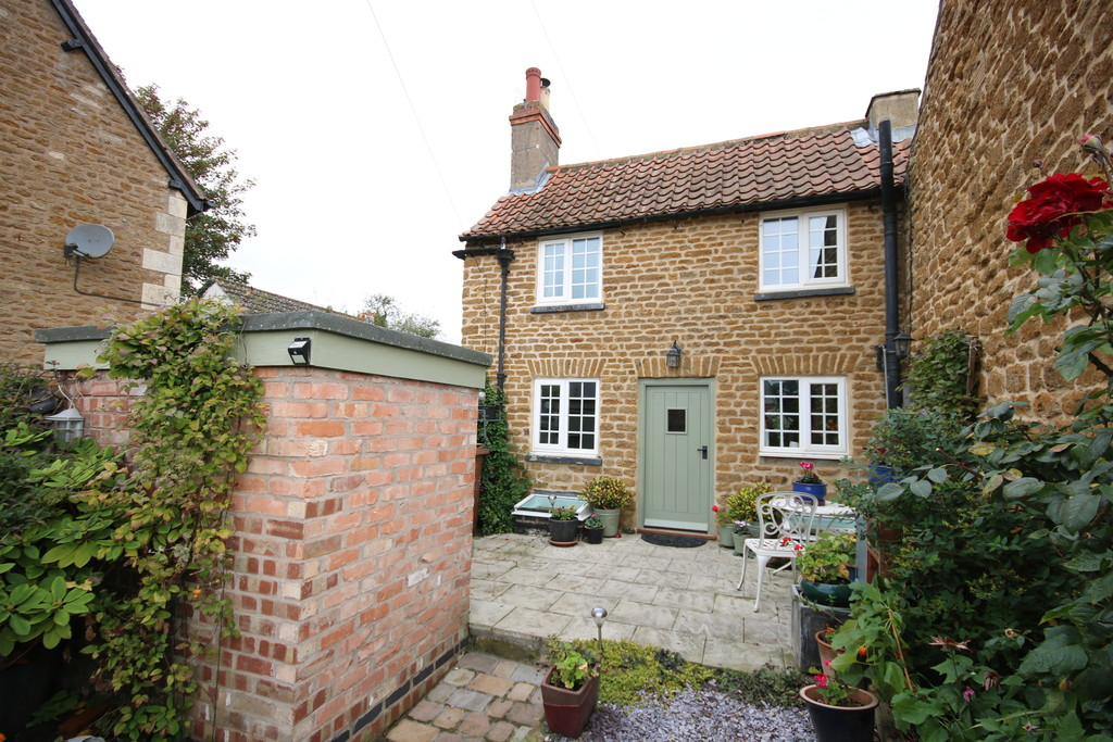 Property for sale in Main Street, Melton Mowbray: