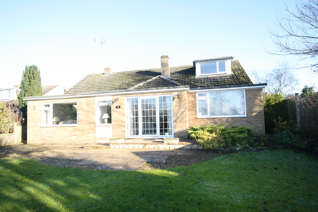 4 Bedrooms Detached House for sale in Ryhall: