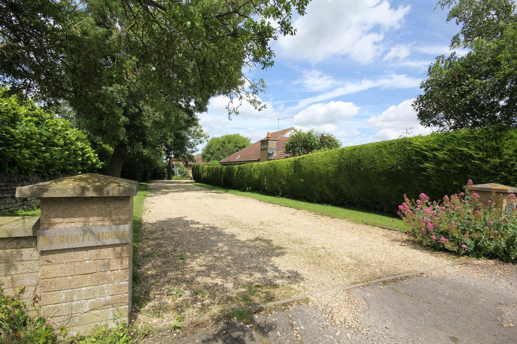 Overgate Road, Swayfield
