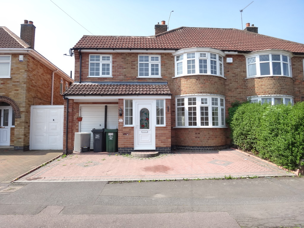 Woodgate Drive , Birstall , Leicester