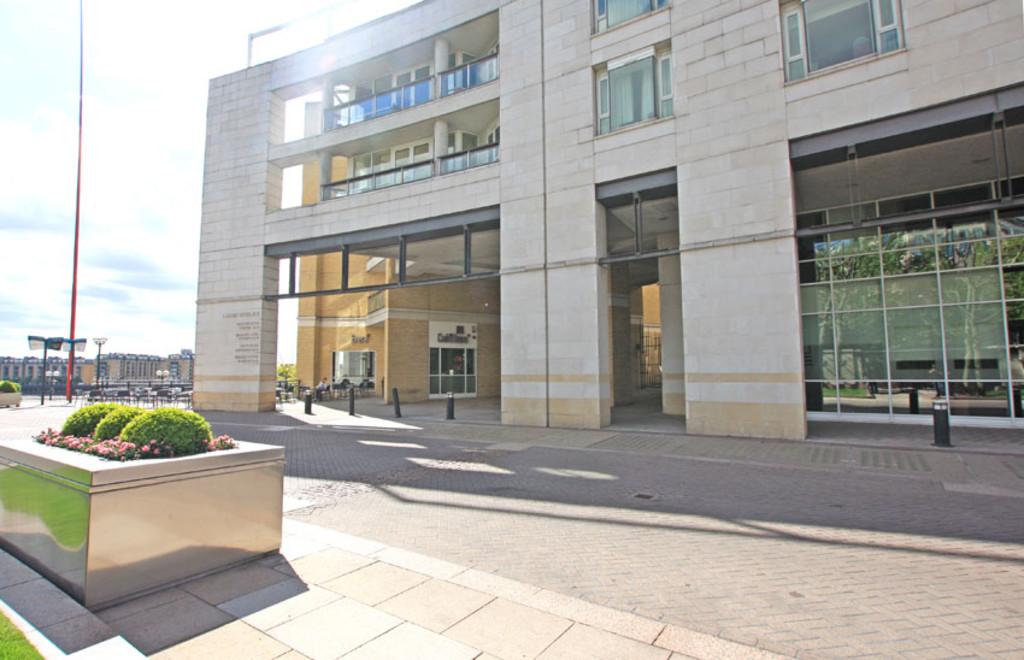 Eaton House, Canary Wharf, London, E14