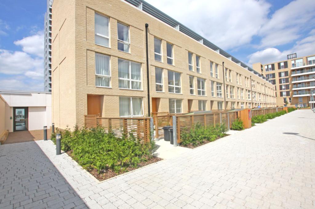 Eddington Court, Hallsville Quarter, London, E16