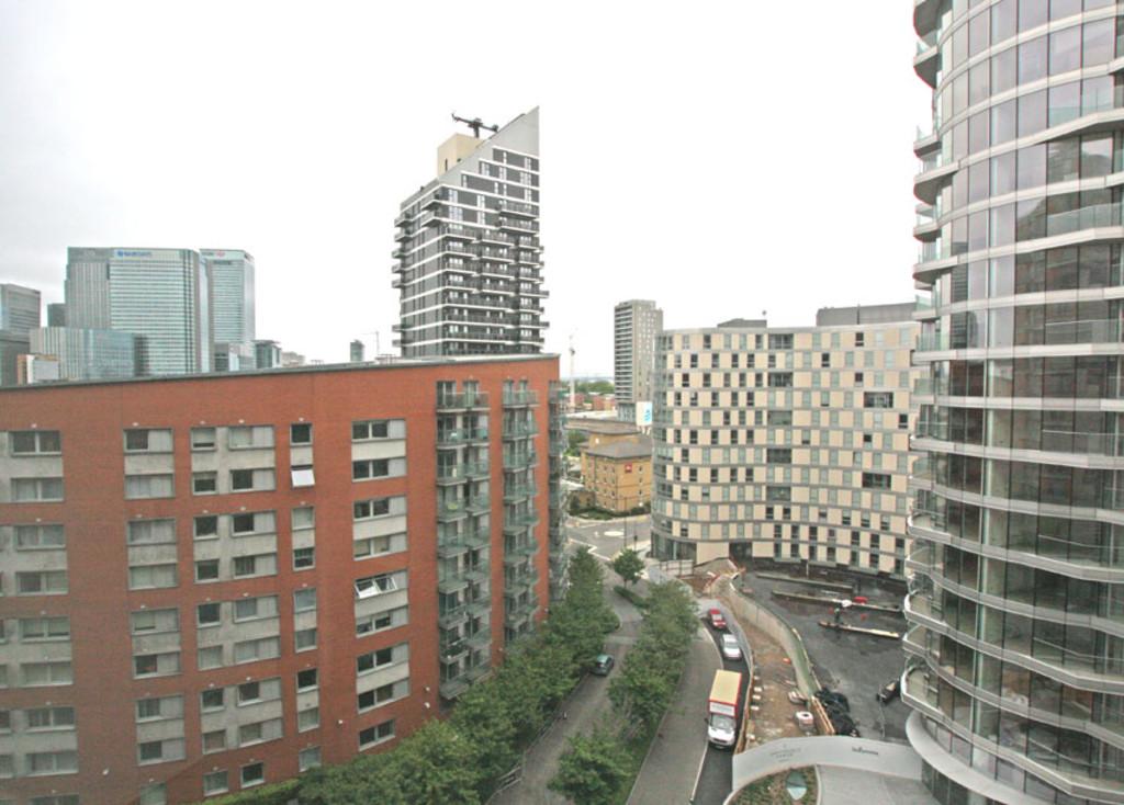 New Providence Wharf, Fairmont Avenue, London, E14